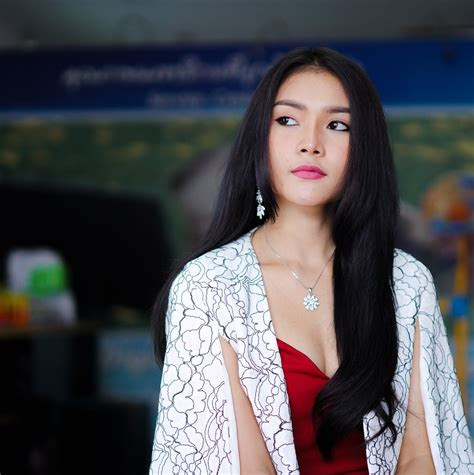 beautiful mail miss thailand beautiful 2414707 1920 the sociological mail