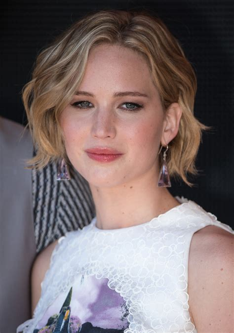 celebrities with short hair, check out the top 10 celebs