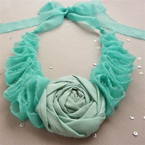 pattern fabric making flower fabric necklace elegance tutorial by soles craftsy