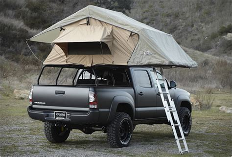 Toyota Tacoma Pop Up Cer Roof Top Tent On Toyota Tacoma Toyota 4runner