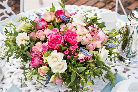 floral arranging 10 mother s day flower arranging ideas best mothers day