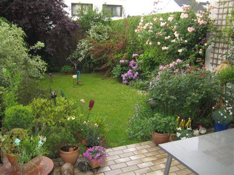 reihenhausgarten gestalten reihenhausgarten in bergheim bei k 246 ln