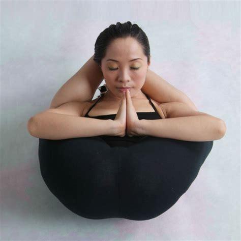 Sleeping Yogi 25 Amazing Yoga Poses Most People Wouldn't