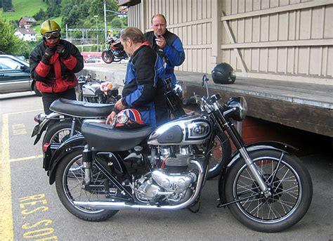 Motorrad Triumph Freunde by Aermacchi Treffen 2008 Brunnadern