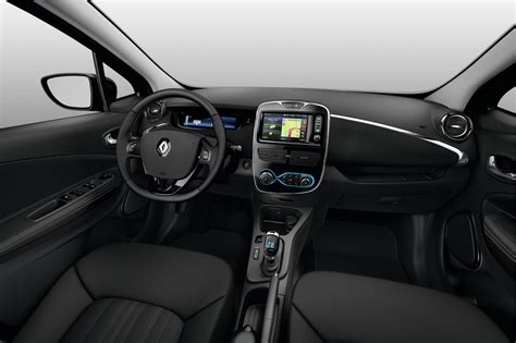 renault zoe interior 2018 renault zoe now on sale for private buyers in