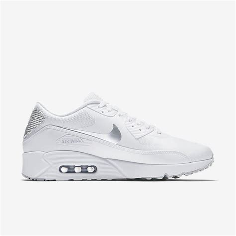 Nike Sportswear Air Max 90 Ultra 20 Essential Sepatu Olahraga nike air max 90 ultra 2 0 essential on sale