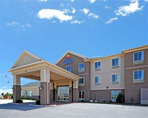 comfort inn wi exterior picture of comfort inn suites madison north