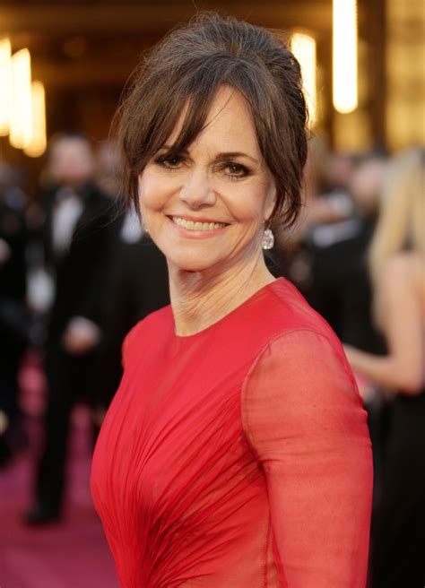 sally field hair and makeup the best and worst oscars hair makeup looks