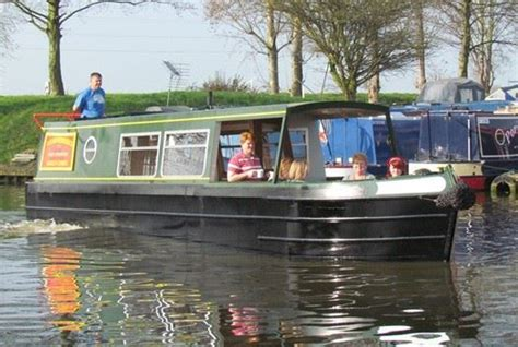 boating holidays england canal boat hire england uk 5 narrowboat holiday mistakes and planning