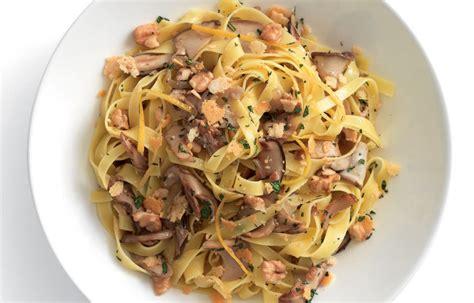 cucina italiana pasta ricetta tagliatelle ai funghi porcini le ricette de la