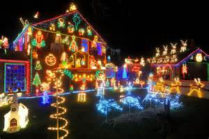 the brailsford familys christmas lights display in