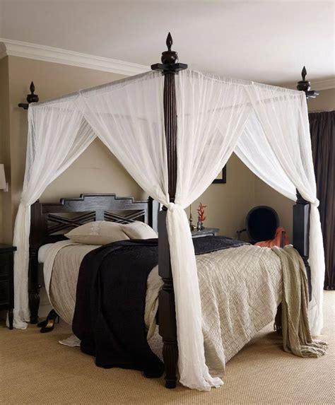 four poster bed canopy drapes with elegant difference lit romantique 50 id 233 es int 233 ressantes pour un lit baldaquin