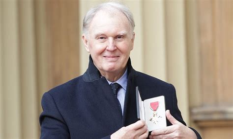Lepaparazzi News Update Smith Has Died At The Rock Cnn Reporting by Actor Tim Pigott Smith Dies Aged 70 Daily Mail