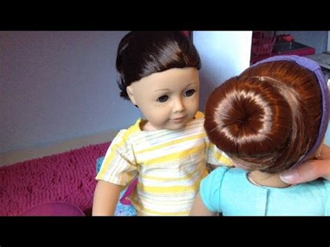 how to mack a bun in a dall hade how to ballet bun on an american girl doll youtube