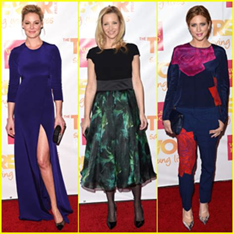 Jen And Liv Brighten Up The Carpet by Coolidge Photos News And Just Jared