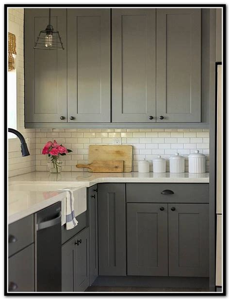 How To Clean Kraftmaid Kitchen Cabinets Kraftmaid Shaker Kitchen Cabinets Pinteres