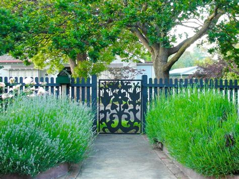 Patio Idea by Garden Ideas Garden Designs And Photos