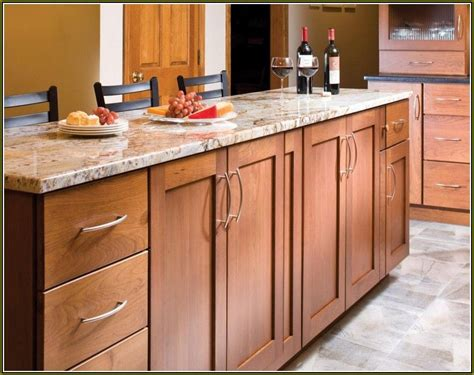 maple shaker cabinets maple shaker style kitchen cabinets home