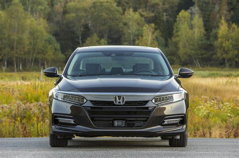 accord hybrid 2018 2018 honda accord hybrid gets rid of the compromises