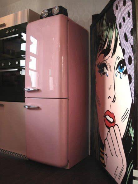 Kühlschrank 50er Style by Wohnzimmer Tapete