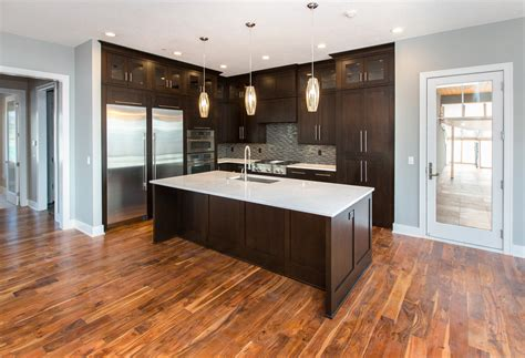 dark kitchen cabinets with light wood floors dark kitchen cabinets with light oak trim quicua com
