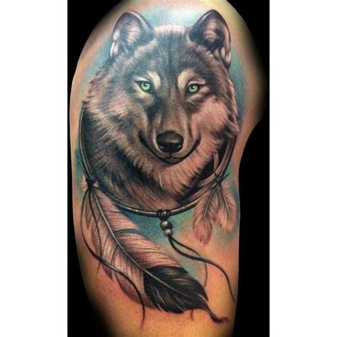 wolf and dreamcatcher tattoo 25 best ideas about dreamcatcher tattoos on