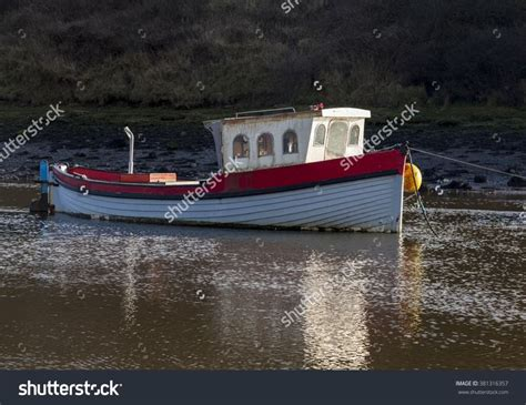 small sea fishing boats for sale uk 25 unique small fishing boats ideas on pinterest ocean