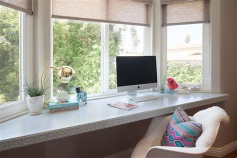 Office Desk In Front Of Window Desk Below Window Design Decor Photos Pictures Ideas