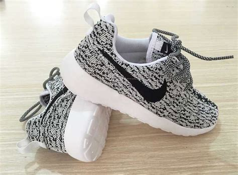 Nike Yeezy Boost china factory is selling roshe boost 350 s for the low theshoegame sneakers