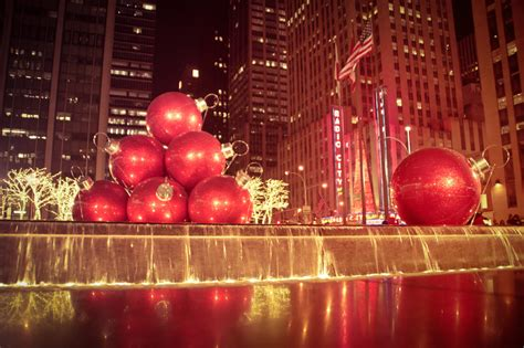 giant christmas ornaments decoration in nyc ornaments 6th avenue midtown ny through the lens new york city