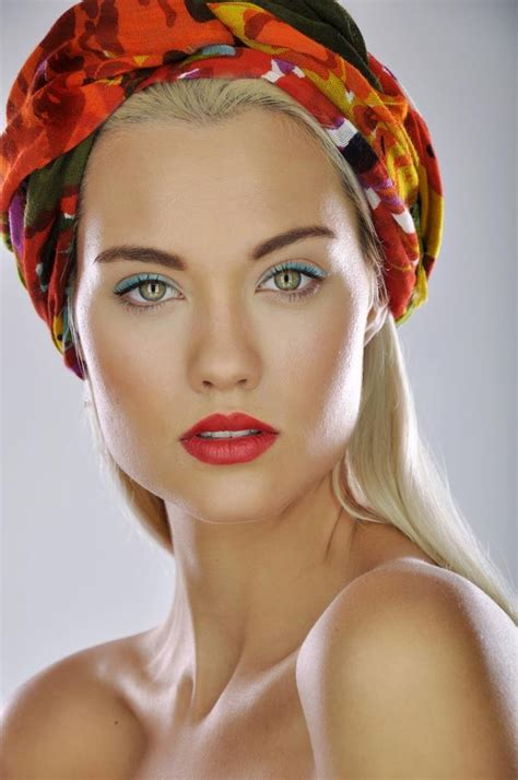 laura james america s next top model manschinn news laura james antm by tina pelech headshot crew