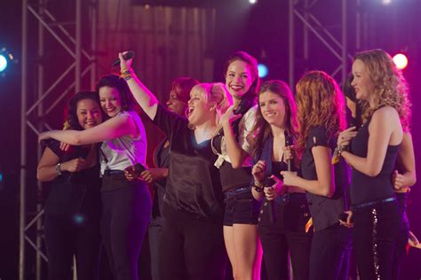film pitch perfect adalah the hit girls les filles se rebellent go with the blog