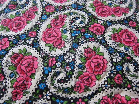 Pre Quilted Fabric Patterns by Vintage Fabric Pre Quilted Paisley And By Fabriquefantastique