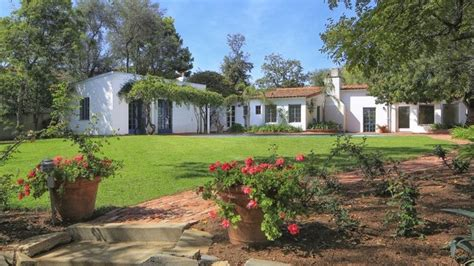 marilyn monroes california home  sold