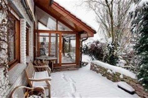 riscaldare veranda come riscaldare una veranda chiusa pannelli termoisolanti