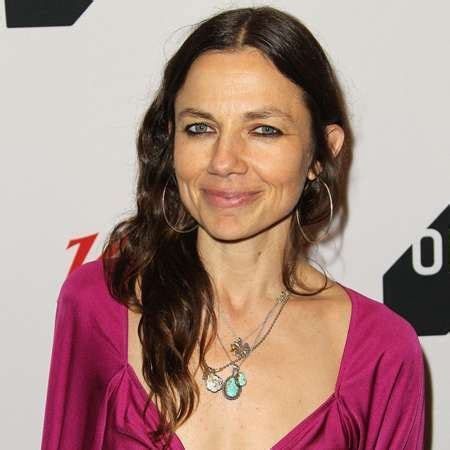 jason bateman justine bateman show justine bateman bio affair married spouse salary net