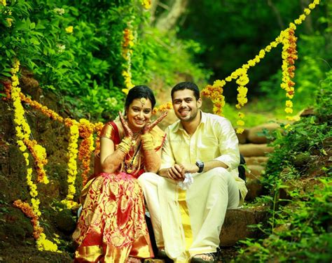 Wedding Album Design Exles by Wedding To Kerala Kerala Wedding Photography Outdoor 7
