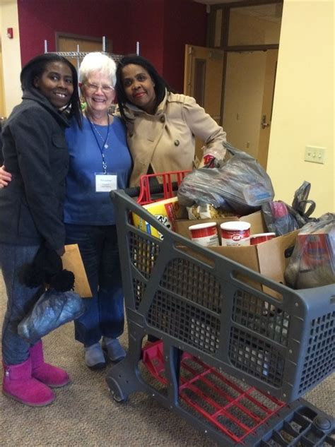 Food Pantries In Albany Ny by Food Pantry Volunteers Guests St Vincent De Paul