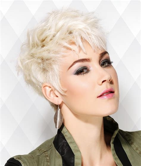 la news women with short blonde hair a short blonde hairstyle from the short expressions