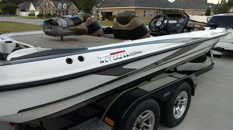 dc boat house triton 21 hp elite dc bass boat used triton 21 hp elite
