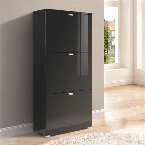 7 reasons to choose in favour of shoe cabinet in black gloss