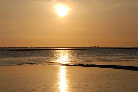 wann ist sonnenuntergang sonnenuntergang bei gl 252 ckstadt foto im hamburg web
