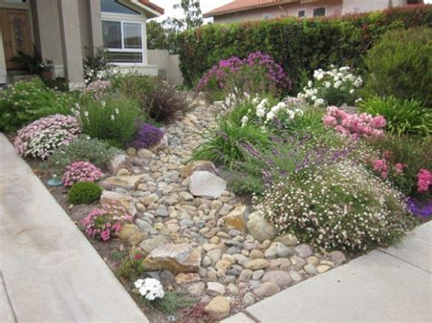 28 Beautiful Small Front Yard Garden Design Ideas Style Small Front Garden Landscaping Ideas