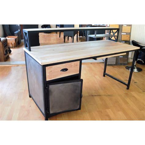 Charmant Banc Pour Salle A Manger #4: table-de-salle-a-manger-style-industriel.jpg
