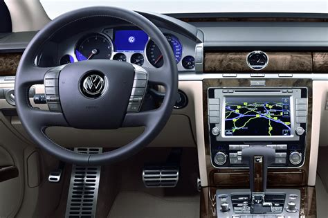 volkswagen phaeton interior 2011 volkswagen phaeton gets updated autotribute