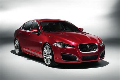 who makes jaguar car 2012 jaguar xf facelift makes world premiere at new york