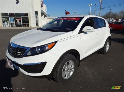 Kia Sportage Lx 2011 Clear White 2011 Kia Sportage Lx Exterior Photo 77362534