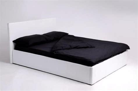 lit coffre 140x190 blanc avec sommier lit design pas cher