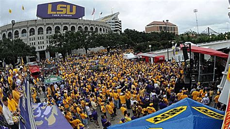 Lsus Mba Site Tigerdroppings by It S Gameday National Spotlight On Baton