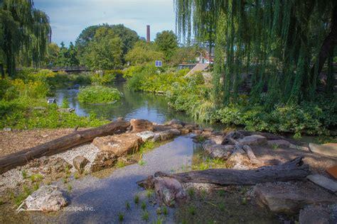 Aquascape Construction by Lincoln Park Zoo Aquascape Construction